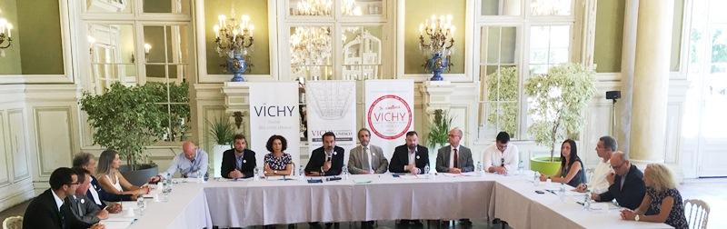 signature mecenes expo vichy reine des villes d eau - 4 juillet 2019