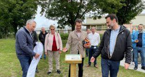 inauguration plaque usine cap loreal vichy